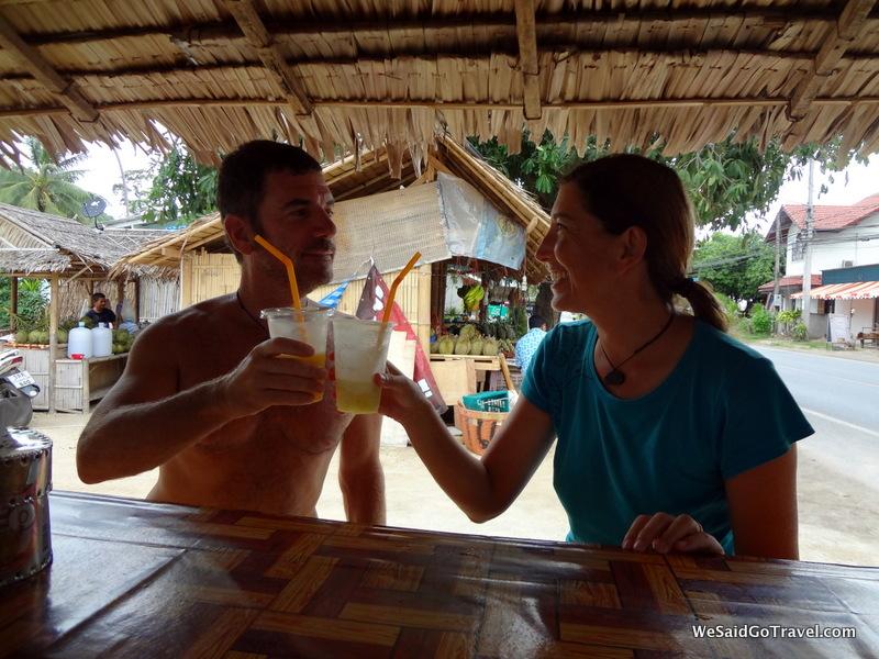 Ton Kun Cafe best pineapple shakes in Lamai