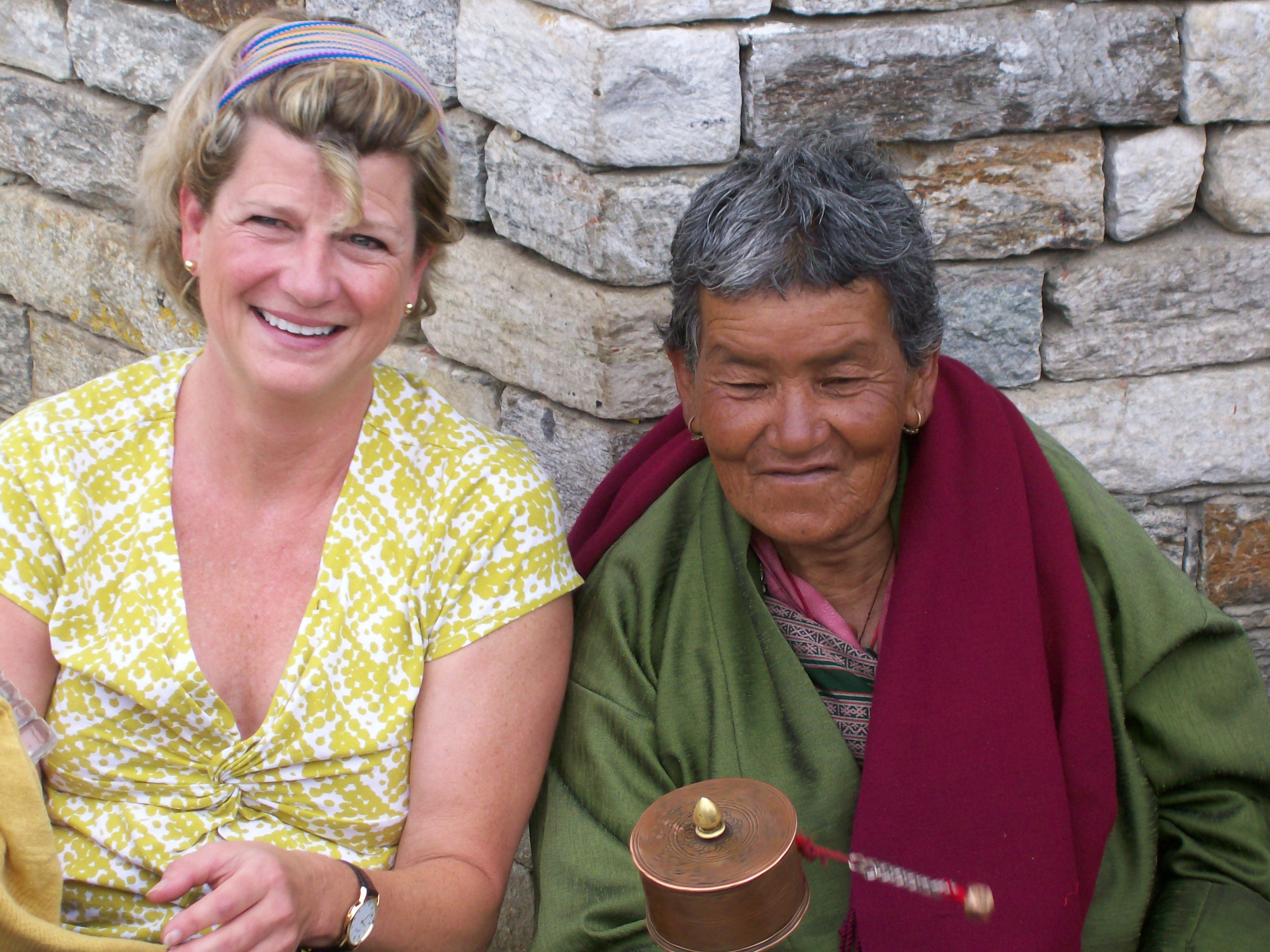 Marianne and Bhutanese woman at National Memorial Chorten